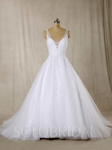 White A Line beaded Neckline Wedding Gown 724A6464s