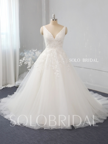 Ivory a like tulle wedding dress 724A2572
