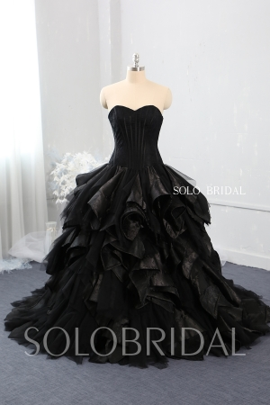 black strapless sweetheart corset ruffle and embroidery ball gown sweep train wedding dress 724A7989
