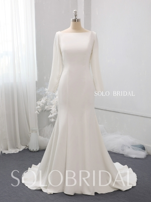 Ivory crepe fit and flare wedding dress 724A3668