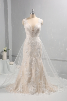 Champagne lining with Ivory Lace Wedding dress removable lace train 724A0462