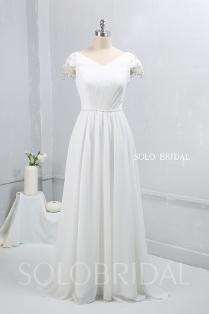 Ivory Chiffon small A Line Wedding dress 724A9423a