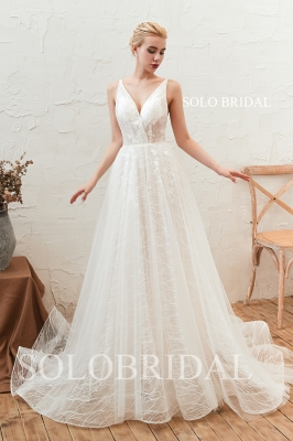 Chantilly lace a line wedding dress M283461