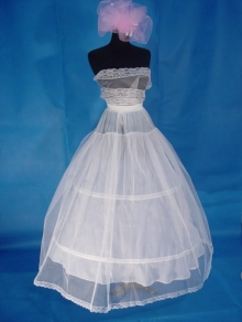2 hoops crinoline petticoat with tulle