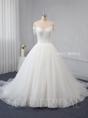 Ball gown A Line Sparkling heavy Beaded Wedding Dress 724A9527