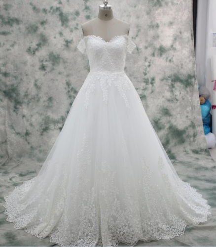 2017 Hot Sale New Arrival Wedding Dress Delicate Lace Dress