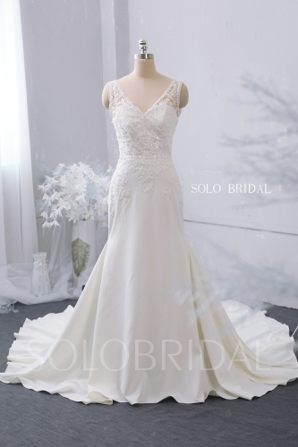 V neck shoulder straps fit and flare ivory crepe wedding dress zipper buttons cathedral train 724A7497