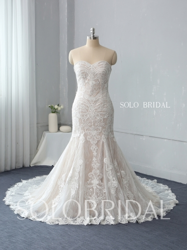 strapless sweetheart neckline fit and flare blush tulle and lace chapel train wedding dress 724A3225