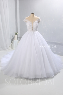 White plunging neckline ball gown wedding dress tulle skirt 724A9500