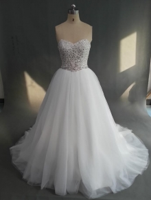 Wholesale Ball Gown Full Beaded Bodice Luxury Tulle Wedding Dresses Full Sparkles Crystals