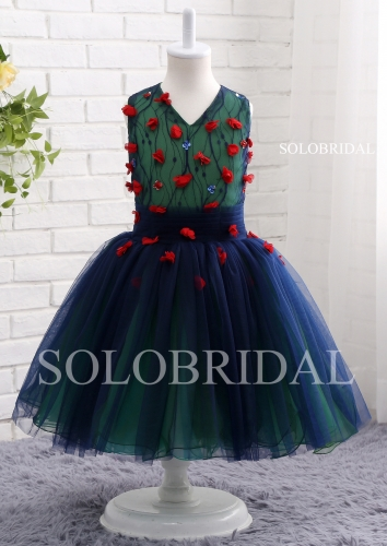 Green lining with blue tulle overlay decurated with red flowers girl dress A16811